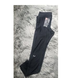 NWT Black Under Armour Heatgear leggings